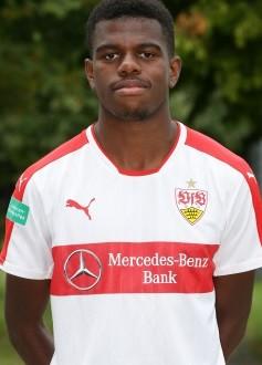 BAU //  Stuttgart , Fototermin VfB Stuttgart U 19 , Benedict Dos Santos
